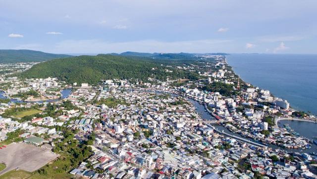 Một góc trung tâm thị trấn Dương Đông