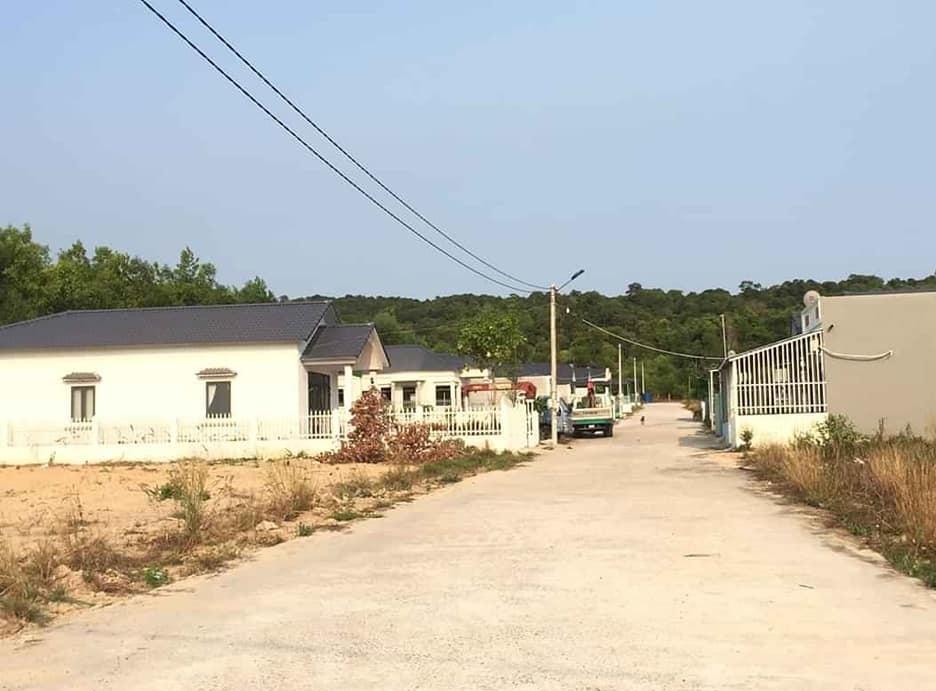 Bán biệt thự khu Suối Lớn – Dương Tơ bao gồm cả nhà giá hợp lý