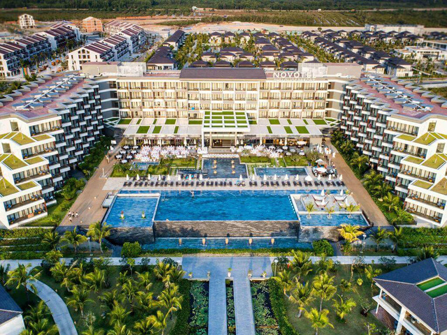 """Loạt thương hiệu quản lý khách sạn danh tiếng có mặt tại đây như Novotel, Best Western Premier, InterContinental, JW Mariott… biến Phú Quốc thành """"thiên đường nghỉ dưỡng đẳng cấp"""""""