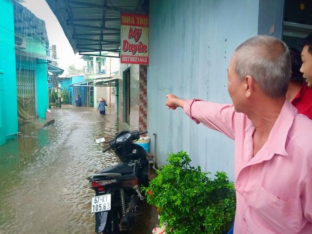Tuy nhiên, người dân rất mong lãnh đạo Phú Quốc và UBND tỉnh Kiên Giang quan tâm xử lý vấn đề rác thải, môi trường và tình trạng ngập ún ở Phú Quốc khi có mưa lớn xảy ra
