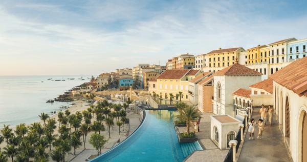 """""""Thị trấn Địa Trung Hải"""" - điểm đến phồn hoa được Sun Group kiến tạo tại bờ tây Nam đảo"""