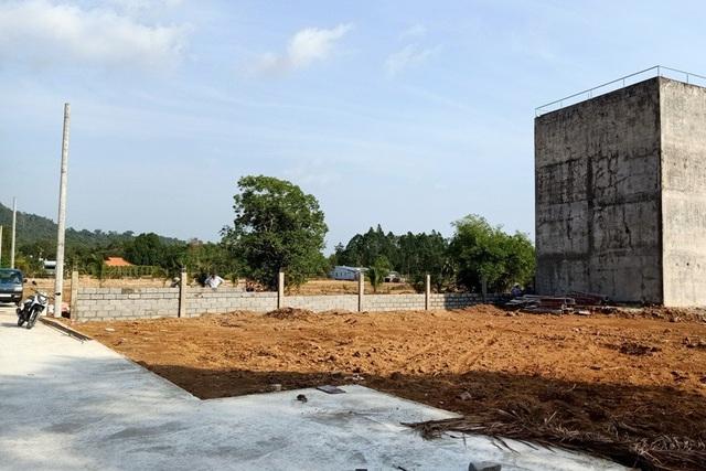 Hiện vẫn có một số dự án mọc lên trên đất nông nghiệp nhưng tách thửa trên 500m2