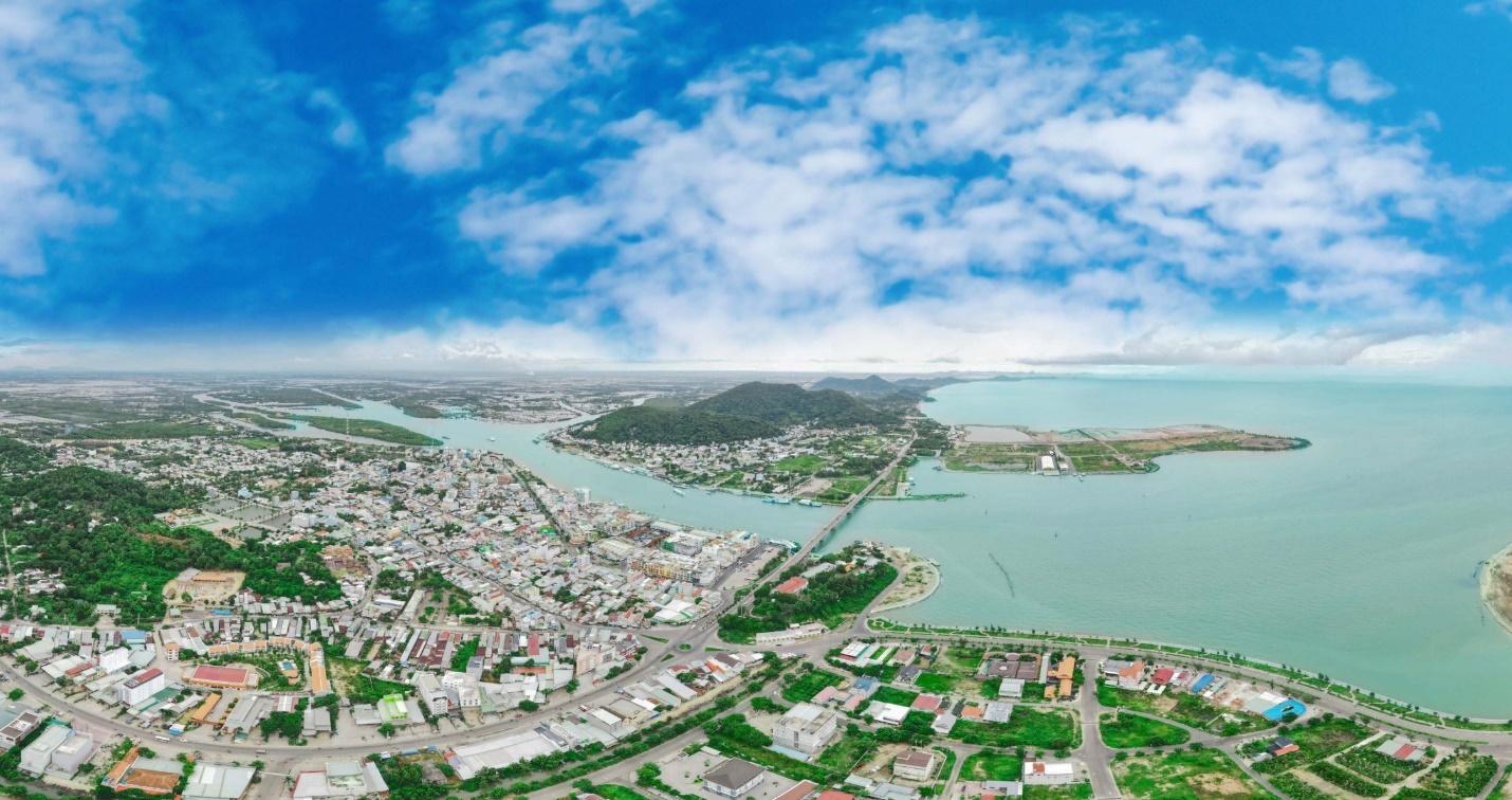 """Nhiều chuyên gia nhận định, đất tái định ở Phú Quốc luôn là """"miếng mồi ngon"""" cho các nhà đầu tư, nhưng không dễ """"ăn"""""""