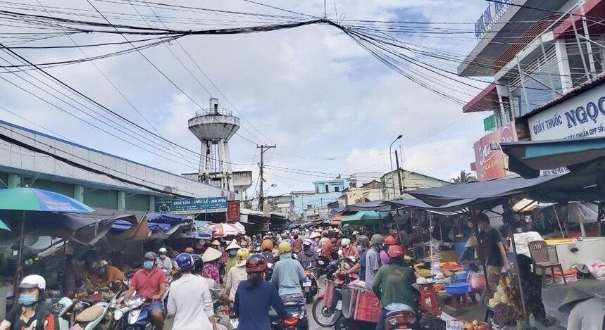 Chợ Dương Đông - Phú Quốc nhộn nhịp trở lại